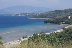 Strand von Kalamaki, Korfu, Griechenland, in der Nähe der Korfu Luxusvilla Villa Steilküste, KorfuCorfu.de
