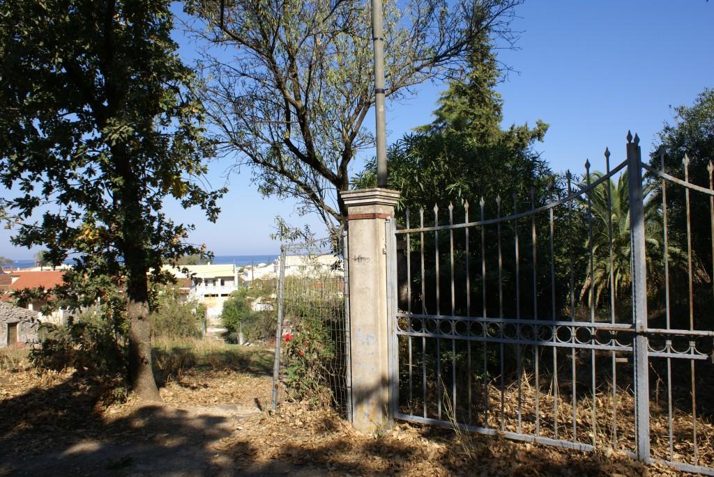 Einfahrt, Haus in Acharavi, Korfu, Griechenland